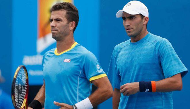 Foto: Horia Tecău şi  Jean-Julien Rojer,  învinşi în finala  turneului de la Paris