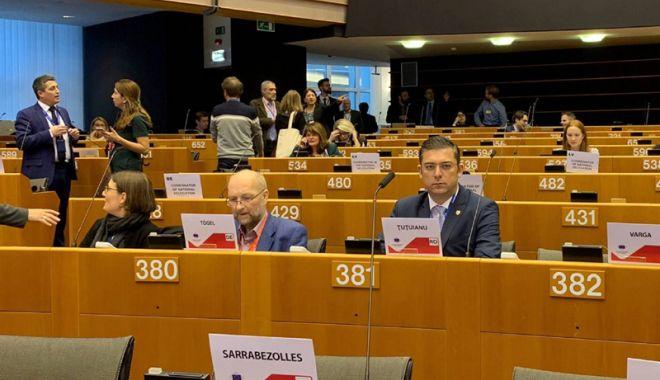"""Foto: Horia Țuțuianu: """"Cred în instrumentele europene  de susținere a statelor ce fac parte din UE"""""""