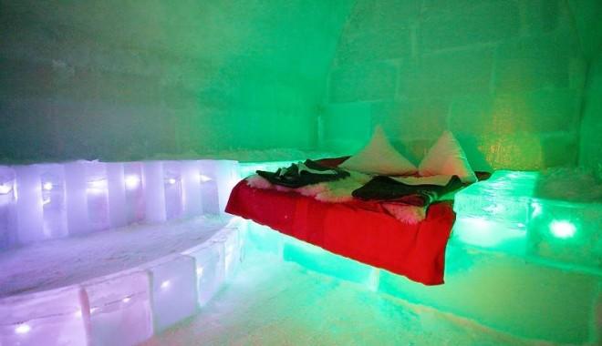 Petreceţi vacanţa în igluurile de la Bâlea Lac! - hotelgheata1-1322855239.jpg