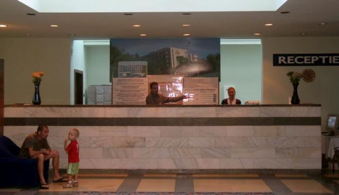 Foto: Zece hoteluri de pe litoral au fost declasificate