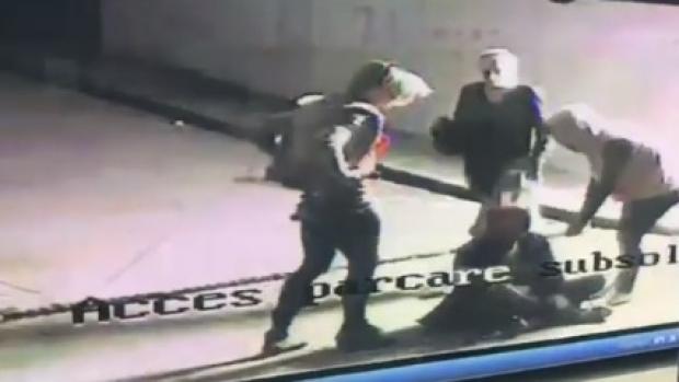 Foto: Bărbat tâlhărit de indivizi deghizaţi în femei. Hoţii au folosit un aparat cu electroşocuri