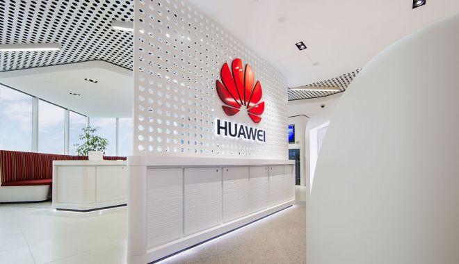 Foto: Polonia exclude echipamentele Huawei din viitoarea reţea 5G