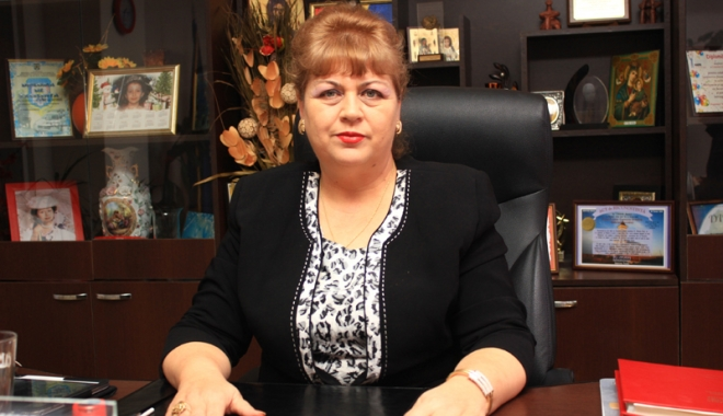 Foto: Primarul Gabriela Iacobici: Am primit finanţare pentru patru proiecte  de investiţii prin PNDL