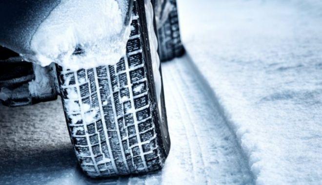 Ce amenzi riscă șoferii care nu și-au montat anvelopele pentru zăpadă - iarna-1610875647.jpg