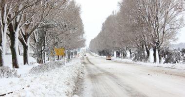 Foto: DRUMURI ÎNCHISE din cauza ninsorilor. Situaţia actualizată de la INFOTRAFIC