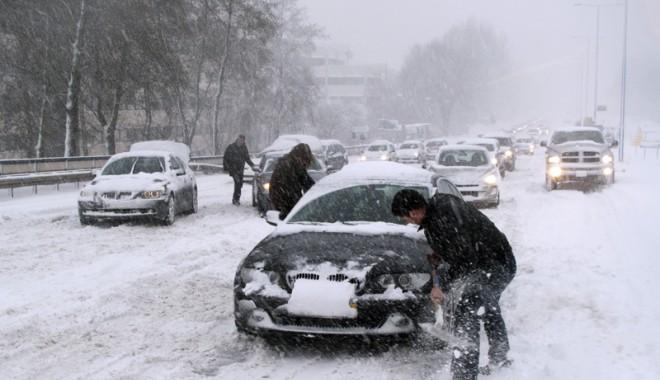 Foto: Zăpada şi gheaţa au pus stăpânire pe Europa