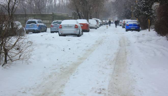 Foto: Se circul� �n condi�ii de iarn�! Afl� traseul pe care po�i ajunge la Bucure�ti