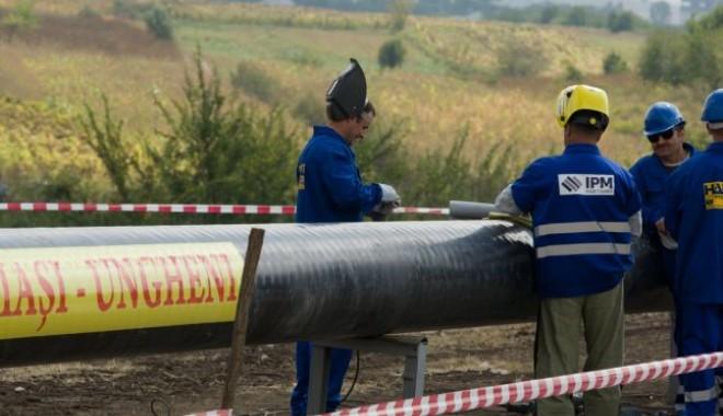 Foto: România a încheiat lucrările la gazoductul Iaşi-Ungheni