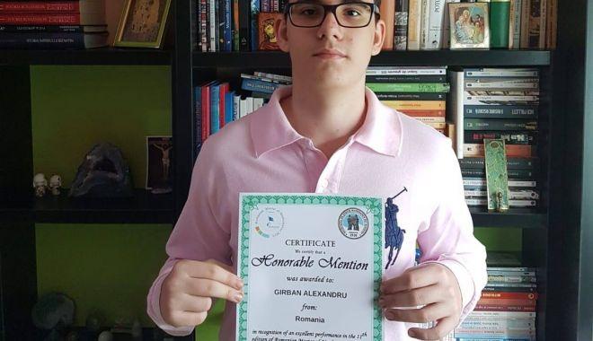 Foto: Premiant la matematică! Menţiune de onoare pentru un elev al Liceului Internaţional