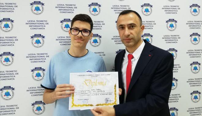 Foto: Buni la matematică! Premii pentru elevii Liceului Internaţional de Informatică