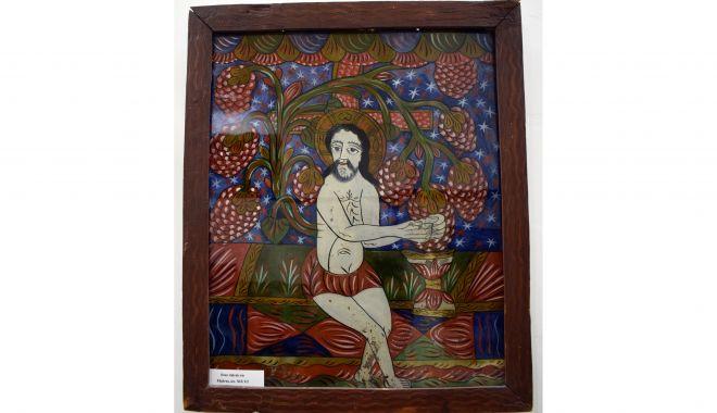 Icoană pe sticlă, de secol XIX, la Muzeul de Artă Populară - icoan2-1620668853.jpg