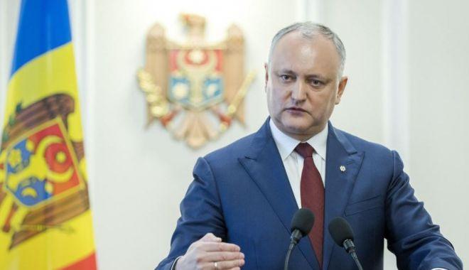 Foto: Igor Dodon anunţă că luni ar putea dizolva Parlamentul