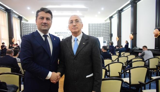 Foto: Ilie Floroiu a devenit  cetăţean de onoare  al municipiului Constanţa