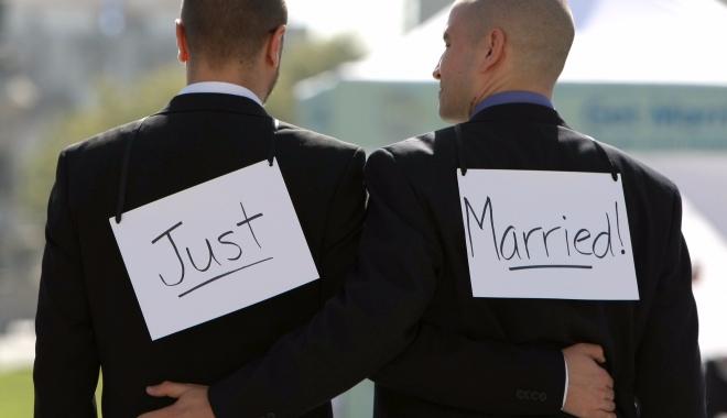 Foto: Parlamentul Australiei a adoptat legea privind căsătoriile între persoane de același sex