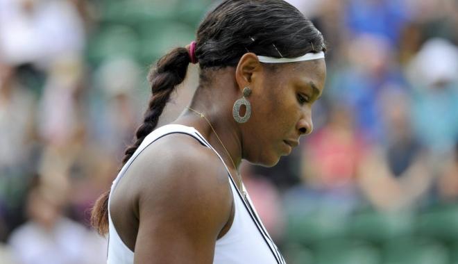 Foto: Serena Williams, învinsă de numărul 72 mondial