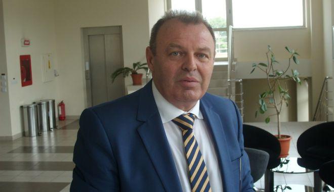 Foto: Ministrul Transporturilor, Lucian Şova, îşi va înainta demisia