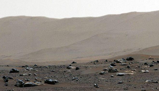 VIDEO / Perseverance a trimis imagini panoramice de pe planeta Marte - image20210225246277280marte3-1614236125.jpg