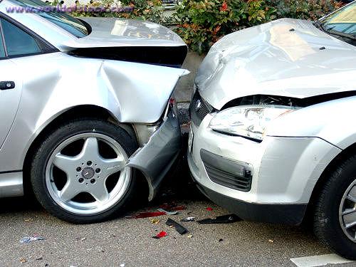 Şase români răniţi într-un accident rutier în Ungaria