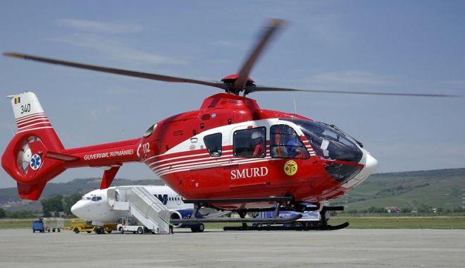 Foto: Turist căzut de pe stâncă, salvat cu elicopterul SMURD