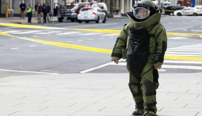 """Foto: Alertă de securitate la Casa Albă! """"Bombă într-o maşină"""""""