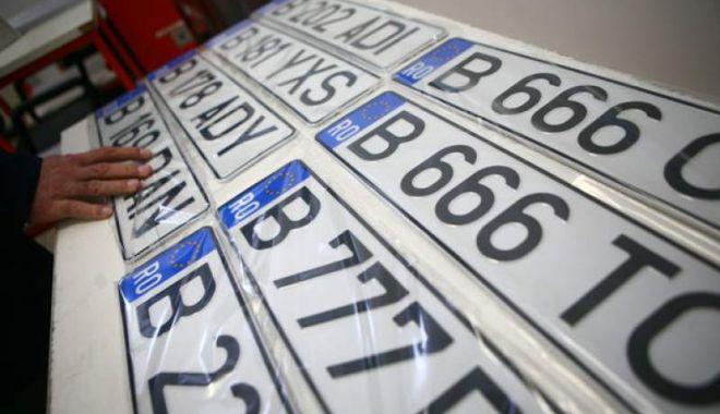 Foto: Românii ar putea înmatricula maşinile mai uşor. Proiectul de lege a trecut de Senat