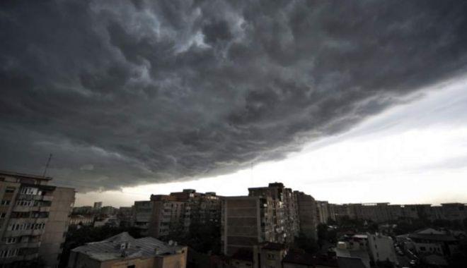 Foto: COD GALBEN extins, la Constanţa. Ploi însemnate cantitativ în mai multe localităţi