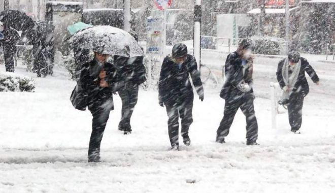 Foto: VIN NINSORILE ŞI LAPOVIŢA! Temperaturile vor scădea și până la -15 grade Celsius