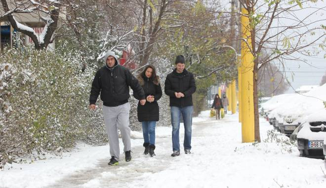 IMAGINI DE BASM / Prima ninsoare din această iarnă la Constanța - img0530-1417341151.jpg