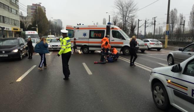Foto: GALERIE FOTO şi VIDEO / ACCIDENT RUTIER pe bulevardul Brătianu. Minor lovit pe trecerea de pietoni