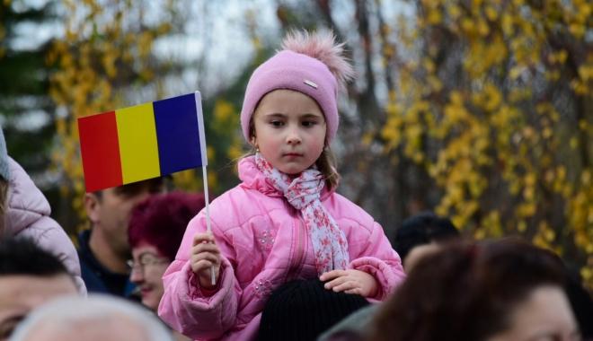 Foto: GALERIE FOTO / CONSTANŢA CELEBREAZĂ ZIUA NAŢIONALĂ A ROMÂNIEI! MII DE OAMENI SUNT PREZENŢI LA EVENIMENT