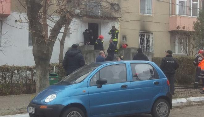 Foto: Incendiu la un apartament din Medgidia
