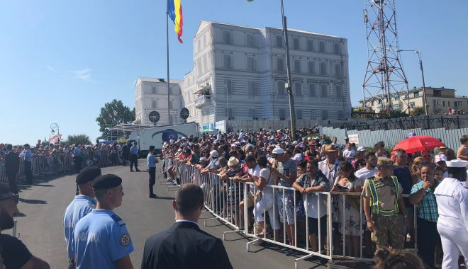 GALERIE FOTO. Ziua Marinei: Aproximativ 10.000 de turişti şi constănţeni, prezenţi la manifestările de pe Litoral - img20180815wa0008-1534322160.jpg