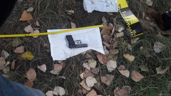 Foto: Poliţia anunţă că a fost găsită arma furată de la femeia jandarm! Iată unde