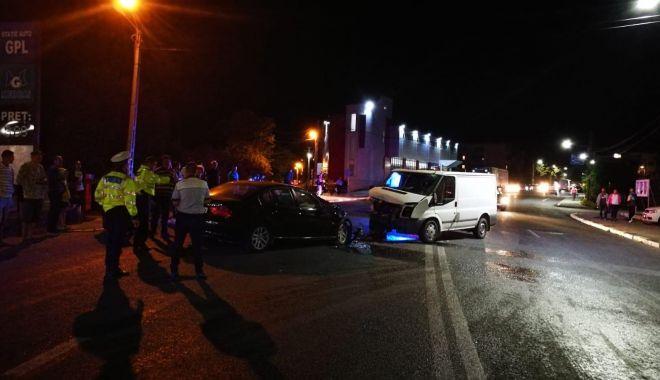 Foto: Mamă, tată și copil, VICTIME într-un accident rutier, în județul Constanța