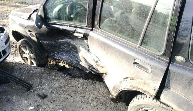 Foto: ACCIDENT RUTIER, produs de un șofer care nu a acordat prioritate