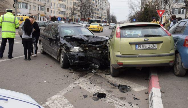 Galerie foto. Accident rutier la Constanța, din cauza neacordării de prioritate - img20190209wa0005-1549722661.jpg