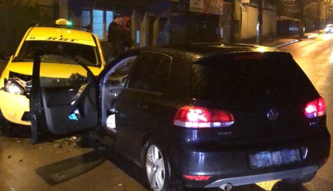 Foto: Accident grav la Constanța, după ce șoferul beat a intrat pe contrasens