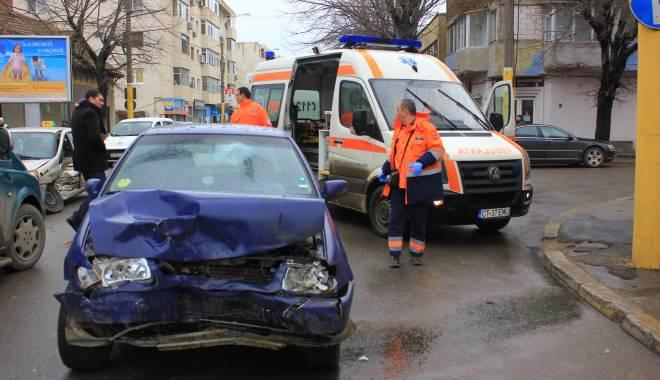 Galerie FOTO. Accident rutier în centrul Constanței - img2139-1424860152.jpg