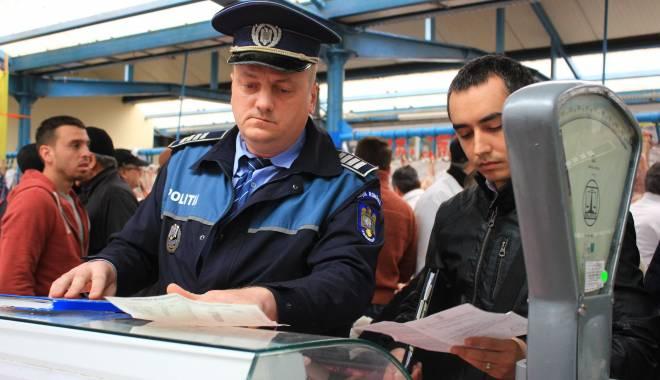 Foto: Galerie foto. RAZII ale Poliţiei, astăzi, în pieţele din Constanţa