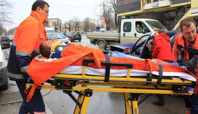 Galerie FOTO. Accident rutier în centrul Constanței - img2165-1424860142.jpg