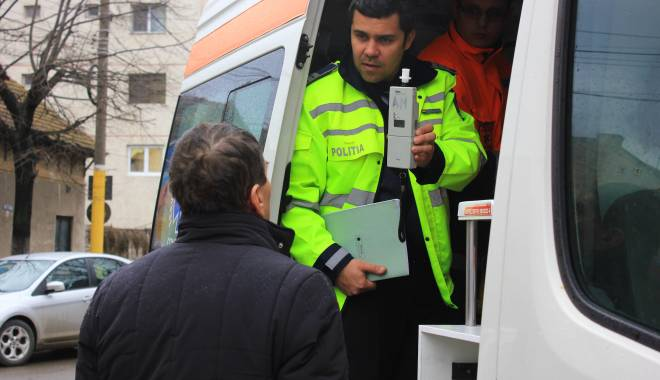 Galerie FOTO. Accident rutier în centrul Constanței - img2207-1424860174.jpg