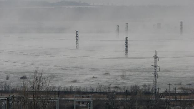 Foto: Alertă! Poluare cu particulele fine de praf provenite de la deşeurile miniere la Moldova Nouă