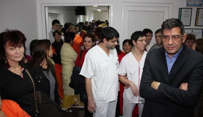 Foto: Grevă la Sanatoriul Techirghiol. Protestele continuă şi astăzi