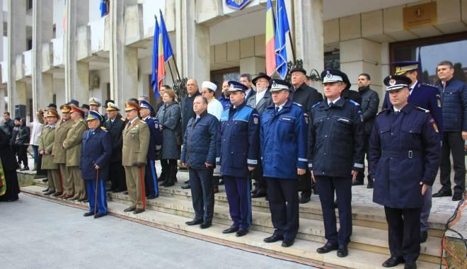 GALERIE FOTO. ZIUA NAŢIONALĂ A ROMÂNIEI, CELEBRATĂ LA CONSTANŢA - img3499-1448966036.jpg