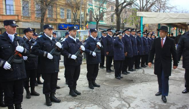 GALERIE FOTO. ZIUA NAŢIONALĂ A ROMÂNIEI, CELEBRATĂ LA CONSTANŢA - img3533-1448966088.jpg