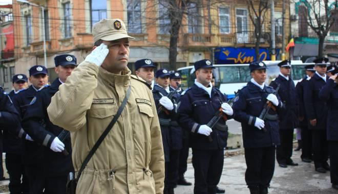 GALERIE FOTO. ZIUA NAŢIONALĂ A ROMÂNIEI, CELEBRATĂ LA CONSTANŢA - img3537-1448966075.jpg