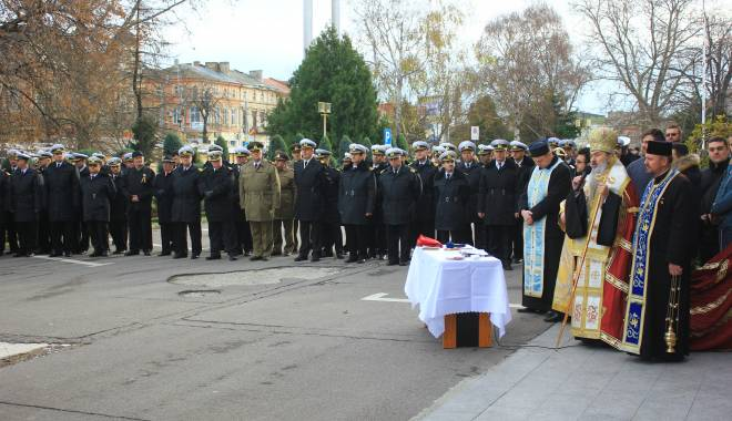GALERIE FOTO. ZIUA NAŢIONALĂ A ROMÂNIEI, CELEBRATĂ LA CONSTANŢA - img3607-1448966314.jpg