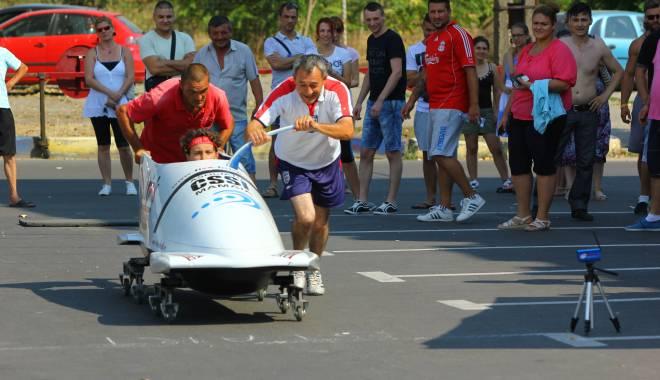 GALERIE FOTO / Bob: Iată cine sunt câștigătorii primei ediții a Campionatului de împins bobul pe rotile – Cupa Brick - img3755-1439734396.jpg