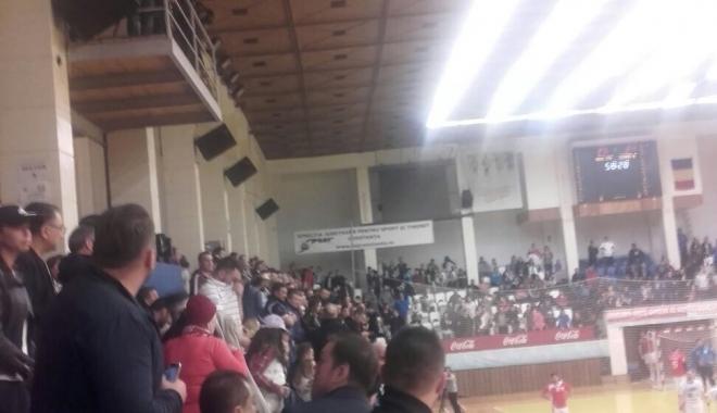 Foto: Primele măsuri după incidentele de la meciul HC Dobrogea Sud - CS Dinamo Bucureşti