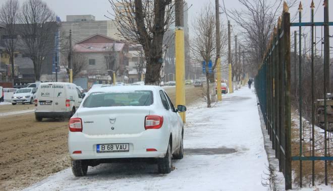 Foto: Iarna la Constanţa. Ultimul bilanţ: localităţi izolate şi persoane blocate în maşini
